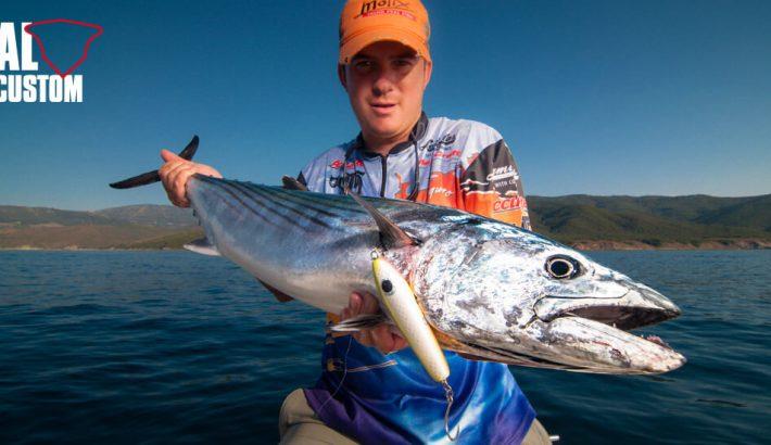 FISHING TACKLE – SINGLE OR TREBLE HOOKS